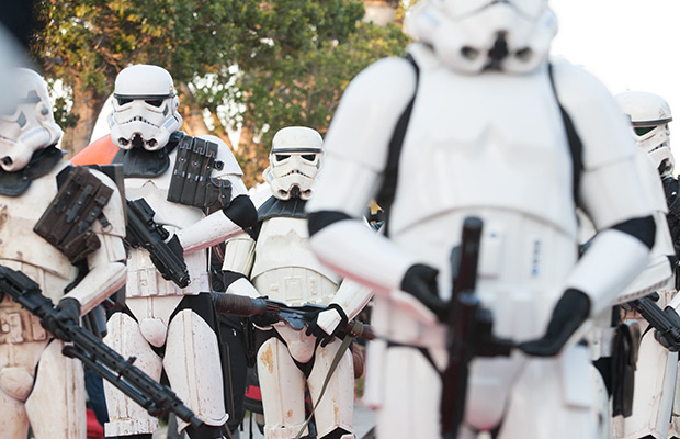 New Star Wars Cast Photo and Trailer